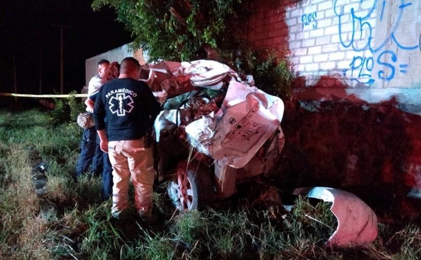 Tres menores fallecidos en volcadura en autopista aZapotlanejo