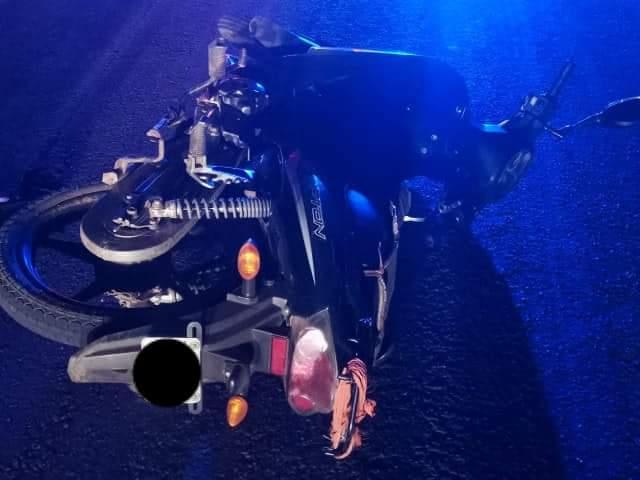 Pesado camión mató a un jovenmotociclista