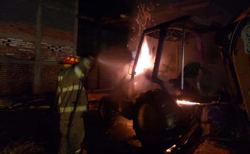 Noche de incendios en Arandas en la mismacalle