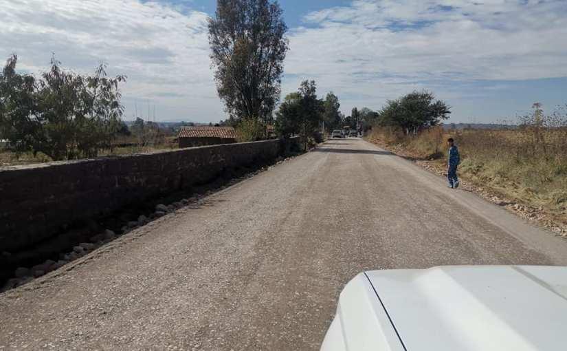 Construyen camino de Acatic a SantaRita